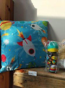 Coussin-petits-cadeaux-OComptoirdesPassions-VillemursurTarn