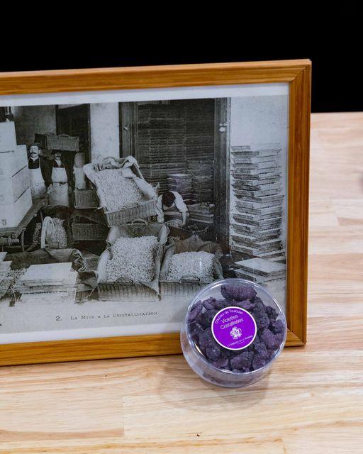 ViolettesdeToulouse-fleurs-cristalisées-maisondeslaviolette-ocomptoirdespassions-villemursurtarn