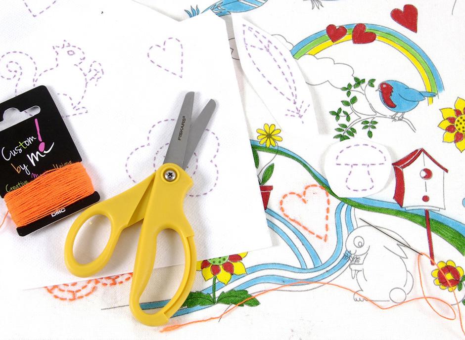 Atelier-enfant- ocomptoirdespassions-villemursurtarn-Collection-DMC-kids-Craft-Colorier-et-customiser